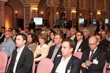 Über 100 Teilnehmer informierten sich im Zoo Hannover über aktuelle Servicelösungen aus der Cloud von 4Com.