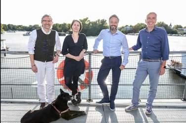 Olav Strawe, Dr. Tina Klüwer, Rainer Holler und Ralf Mühlenhöver
