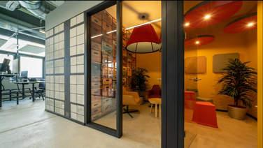 Bild von abgeteilten Räumlichkeiten für Gespräche